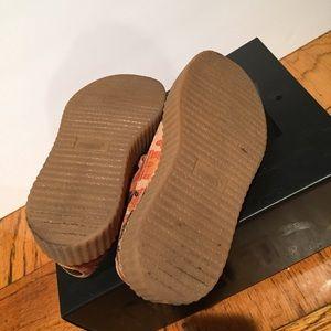 Puma Shoes - Puma Fenty Creepers Orange Camo Suede Sz 6 57e2cee7f